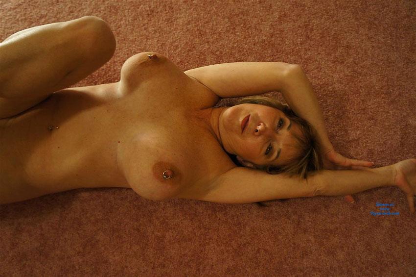 Homeclips wife