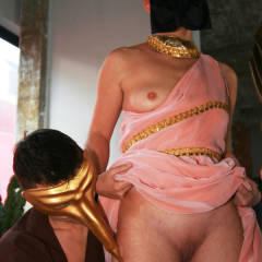 Nude Amateur:Quite Some Party