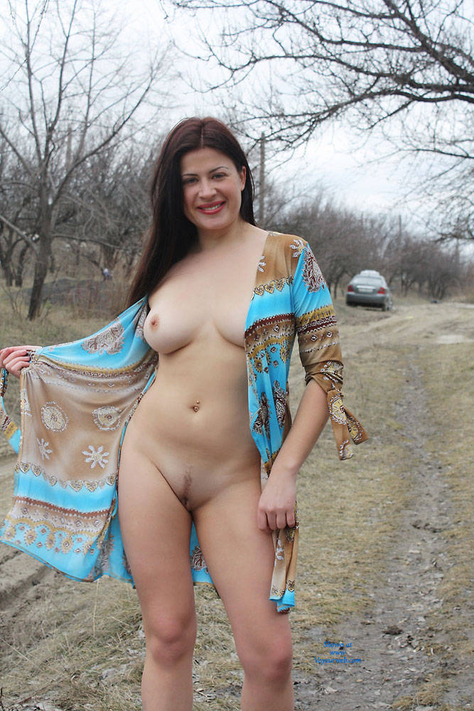 Pic #9 Sexy Viko - Big Tits, Brunette, Flashing, Public Exhibitionist, Public Place, Wife/wives