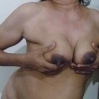 My medium tits - Hot Mamma
