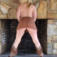 My wife's ass - Estella