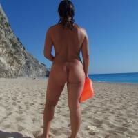 Rear View on The Beach! - Beach, Brunette, Wet