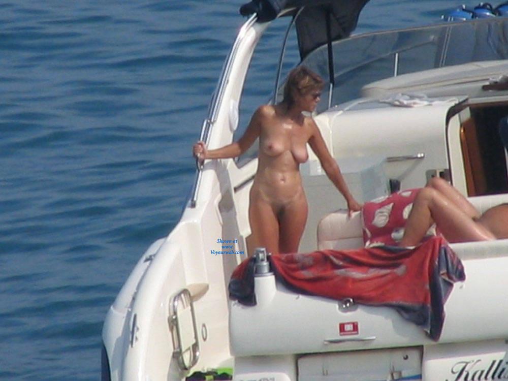 Pic #1 - In Barca , Nudi In Barca