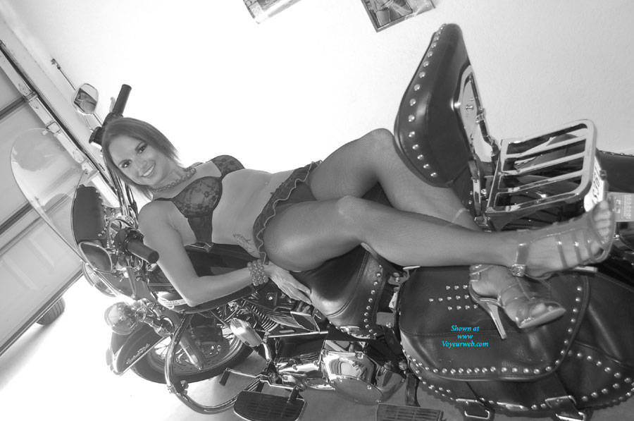 Pic #1 - Alicia on My Harley - Sexy Lingerie , Shooting Alicia On My Harley
