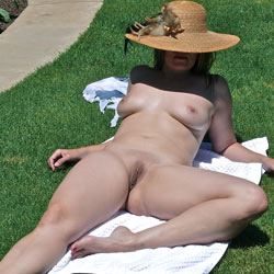 Apples Outside - Big Tits, Nude Outdoors, Shaved, Wife/Wives