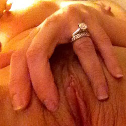 Who Wants In? - Close-Ups, Pussy, Wife/Wives
