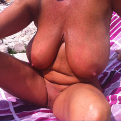 Sole 2 - Beach, Big Tits