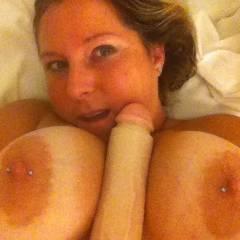 Medium tits of my girlfriend - Gabby Gurl