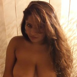 Sexy Hina From Pakistan - Big Tits