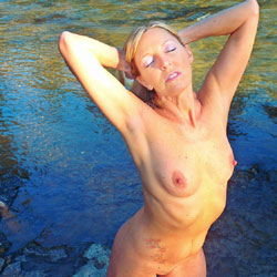 Rosa Naked and Unafraid - Big Tits, Blonde Hair, Nude In Public