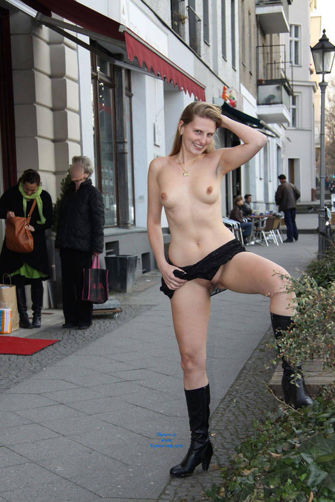 Public German Milf in Berlin by Night