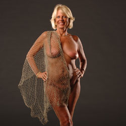 Sexy Blonde Doing Modeling - Big Tits, Blonde Hair, Full Nude, Hanging Tits, Indoors, Milf, Short Hair, Showing Tits, Hairless Pussy, Sexy Feet, Sexy Legs, Sexy Woman