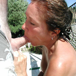 Yummm in The Sun - Blowjob, Outdoors, Brunette