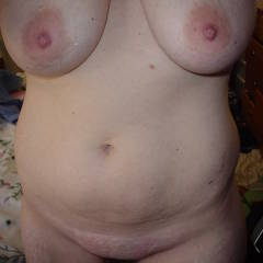 Large tits of my room mate - Beth's