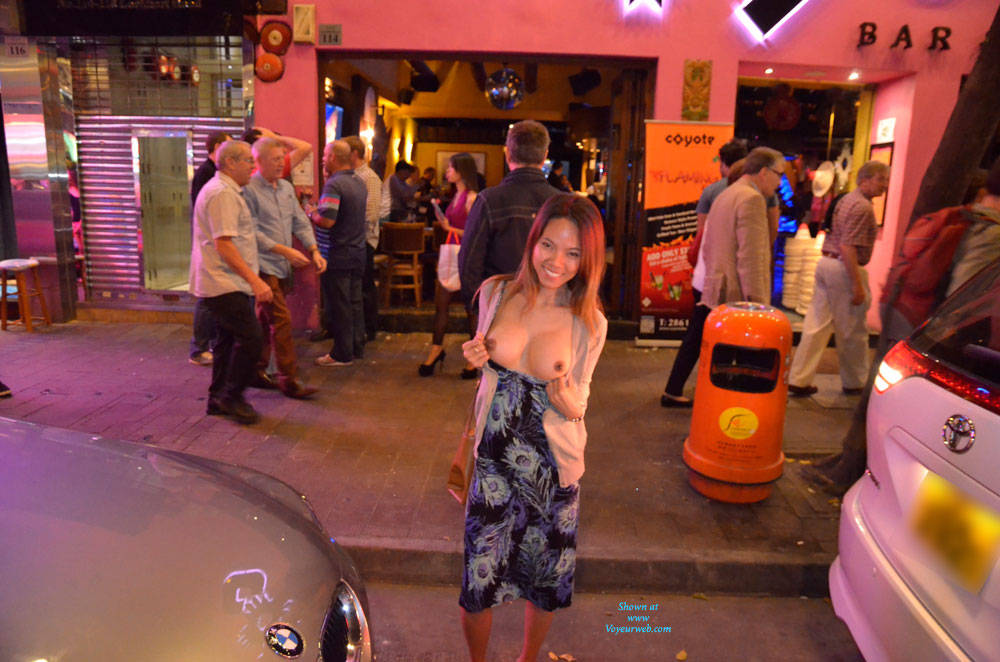 Are wife flashing tits at bar phrase