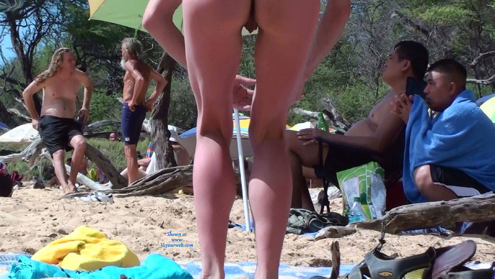 Pic #5 RealBeachFly Caught These Beauties Naked!! - Beach