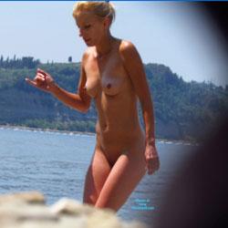 Blonde - Beach, Blonde