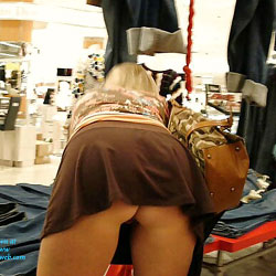 Out Shopping - Public Place, High Heels Amateurs
