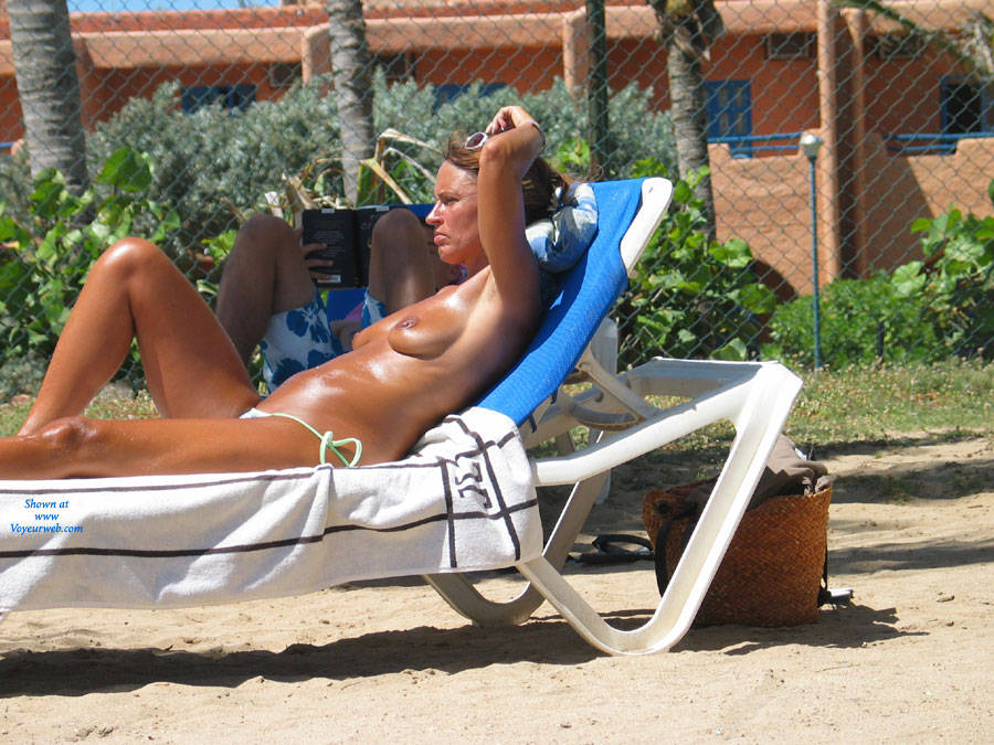 Pic #1 - Venezuela Margarita Island - Beach Voyeur , We Was In Holiday