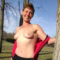 Medium tits of my wife - Sooo hot