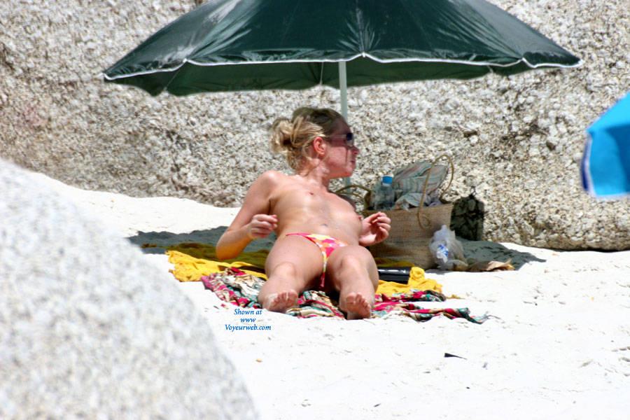 Naughty naked girls fuck