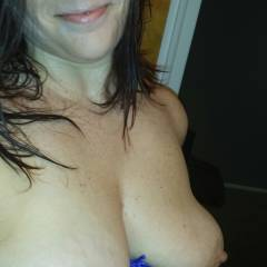 Large tits of my girlfriend - Cleveland 4