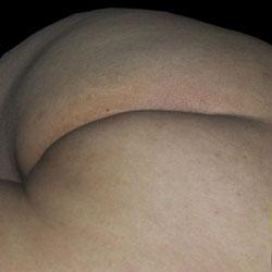Beautiful Bubble Butt - Close-Ups