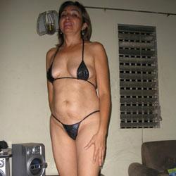 Gladys la Modelo - Close-Ups