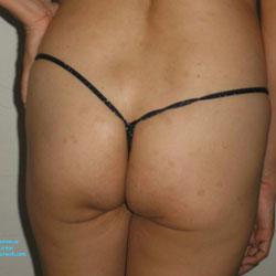 Gladys Fin de la Era - Bikini Voyeur