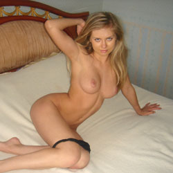 Sexy - Big Tits, Blonde, Shaved