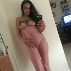 Medium tits of my girlfriend - Tonya