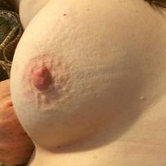 Medium tits of my wife - Becca