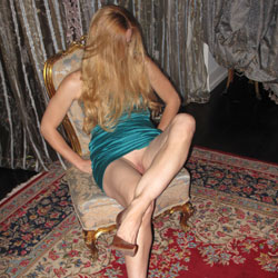 Blonde's Sexy Legs On Chair - Blonde Hair, Chair, Heels, Long Legs, No Panties, Shaved Pussy, Pussy Flash, Sexy Girl, Sexy Legs, Sexy Woman, Dressed