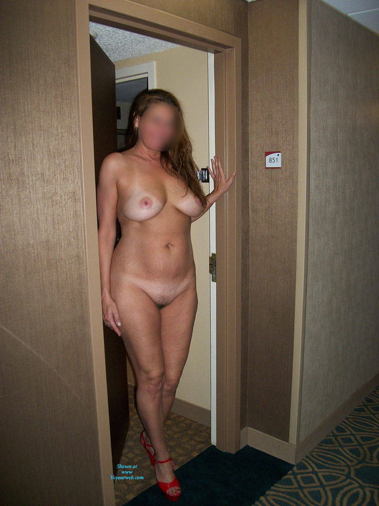 wife flashing at hotel