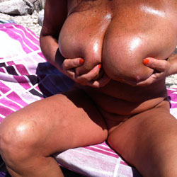 Costume Nuovo - Big Tits, Beach