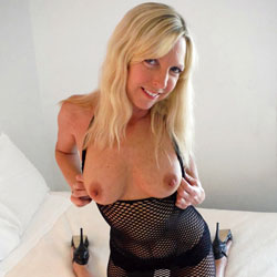 Rosa - Magnificent In Mesh - Big Tits, Blonde, High Heels Amateurs