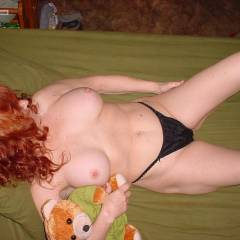 Large tits of my wife - Redfun
