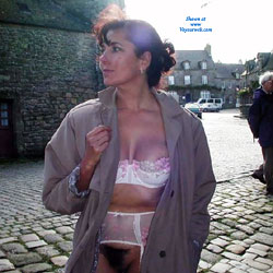 Dans la Rue - Brunette, Flashing, Lingerie, Public Exhibitionist, Public Place, Bush Or Hairy