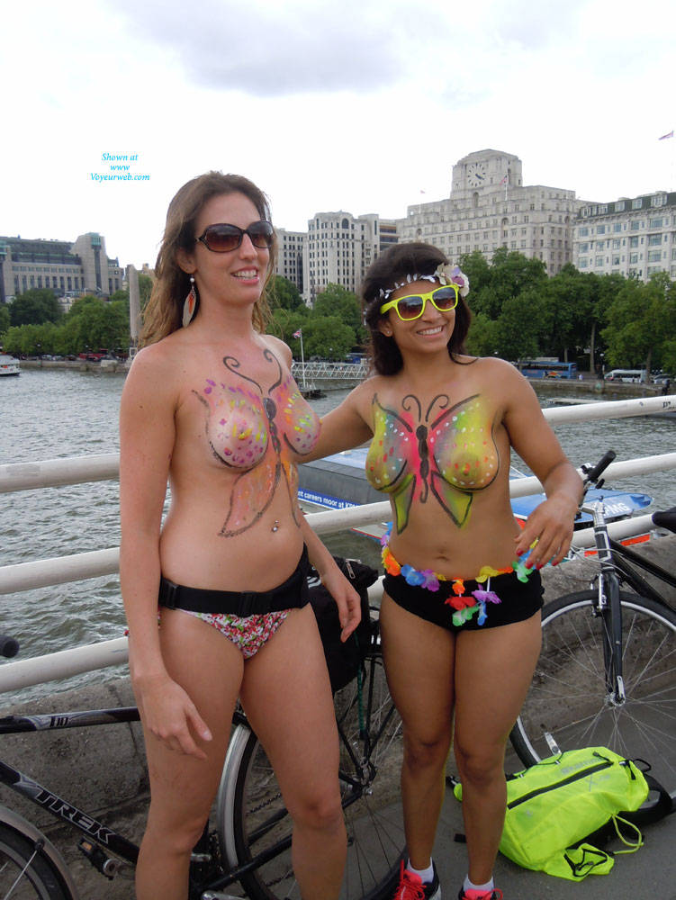 Pic #1 - London Naked Bike Ride 2014 Part 2 , Bumped Into These Brazilian Girls On Waterloo Bridge. Great Costume.