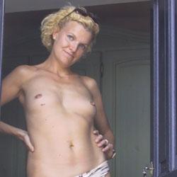 In Sardinia - Blonde