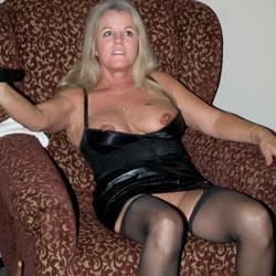 Houston Party - Big Tits, Blonde, Lingerie, Interracial