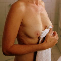Small tits of my wife - Doris