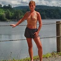 Medium tits of my wife - Sooo Hot !!!