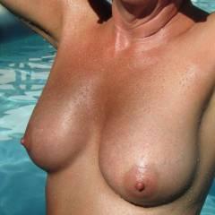 Medium tits of my wife - AzSandi