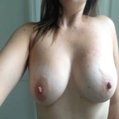 Large tits of my girlfriend - JMSexy