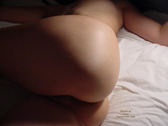 Pic #4 - 21 Year Old Gf In Bed