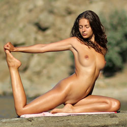 Nude Yoga - Big Tits, Brunette Hair, Shaved, Beach Voyeur