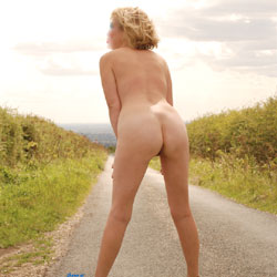 Out On The Road - Blonde, High Heels Amateurs