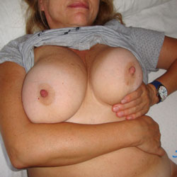 Hot And Horny Maggy - Big Tits, Bush Or Hairy