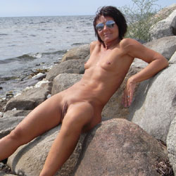 My Heart Outdoors - Brunette, Shaved